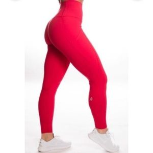 P'tula Alainah Allure Pocket Legging Hot Toddy Red